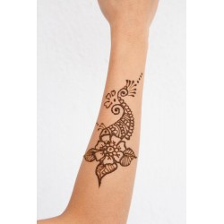 Henna na ręce i nogi tatuaż
