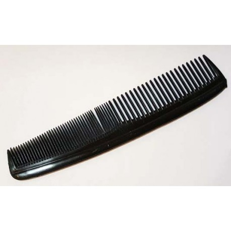 Lot of 4 Combs great