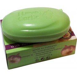 sapone con aglio efficace per l'acne
