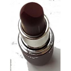 Braun Lippenstift in verschiedenen Farben