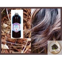 Un champú de Plantil con aceite de Nigella - 1L